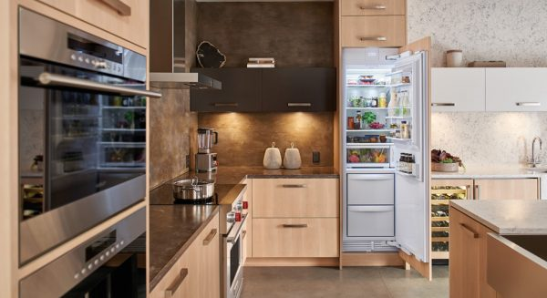 sub-zero-24-column-refrigerator
