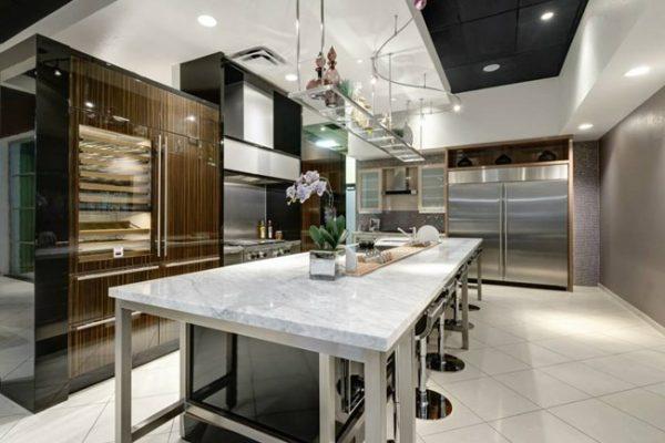 sub-zero-high-end-kitchen